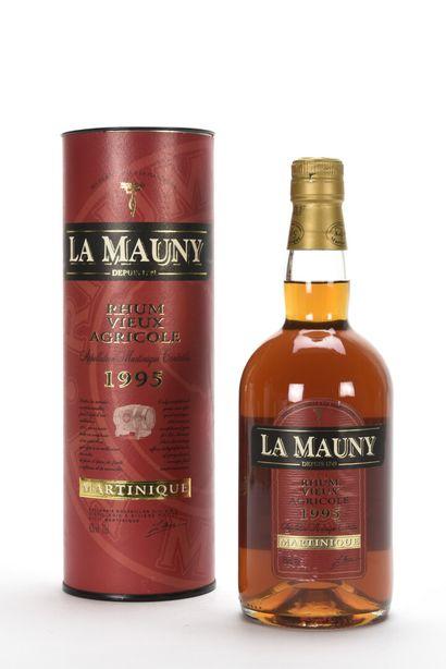 1 B RHUM 70 cl 42% (canister) La Mauny 1...