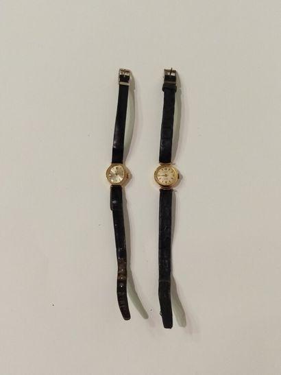 MOD, deux montres bracelet avec boitier en...