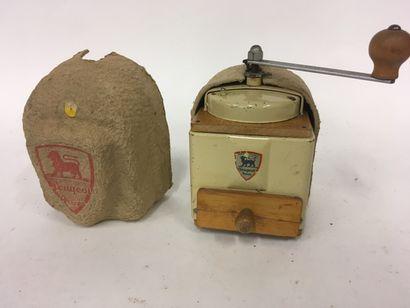 Moulin à café Peugeot dans sa boite