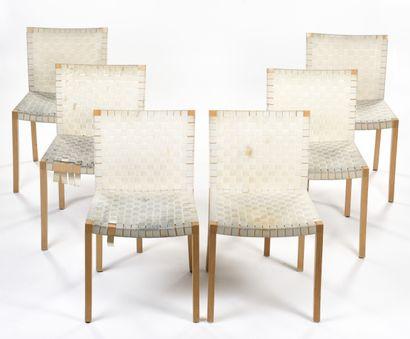 THONET  Suite de six chaises à structure...