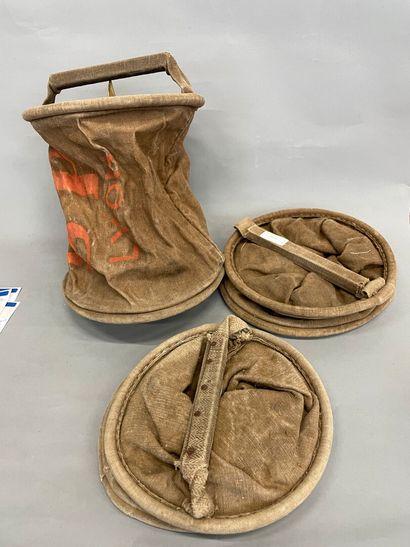 Trois sacs de sapeur-pompiers de Lyon