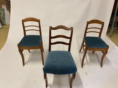 Paire de chaises dossier barrettes en bois...