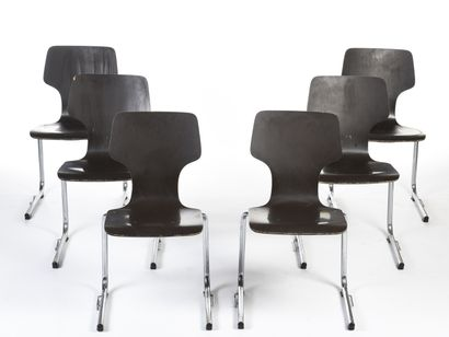 FLOTTOTO  Suite de six chaises empilables...