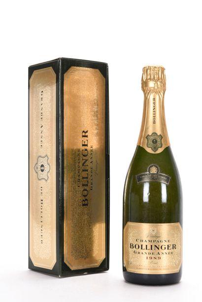 1 B CHAMPAGNE GRANDE ANNÉE (étui) Bollinger...