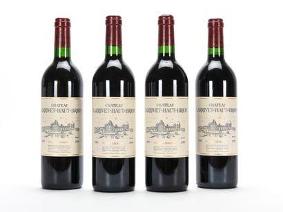4 B CHÂTEAU LARRIVET HAUT-BRION Rouge (1...