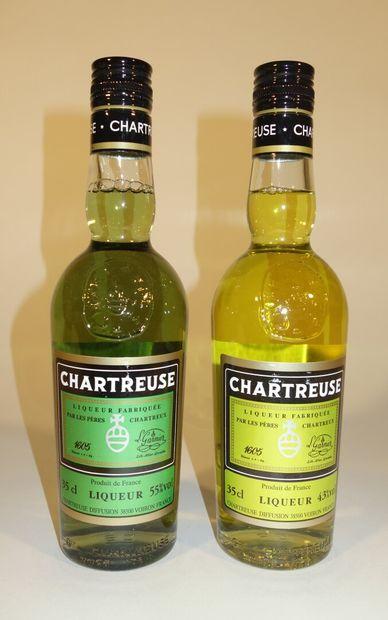 LOT COMPRENANT 2 BOUTEILLES DE CHARTREUSES...