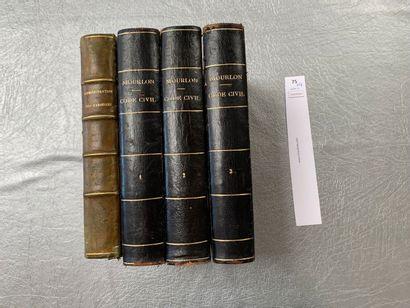 Un ensemble de 4 volumes: Code civil par...
