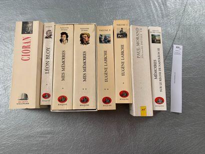 [Littérature]. Un ensemble de 8 volumes dont...