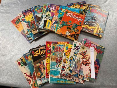 [Bandes-dessinées - Comics]. Marvel. 25 numéros de Strange (numéros compris entre...