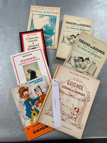 [Guignol]. Un ensemble de 7 ouvrages.