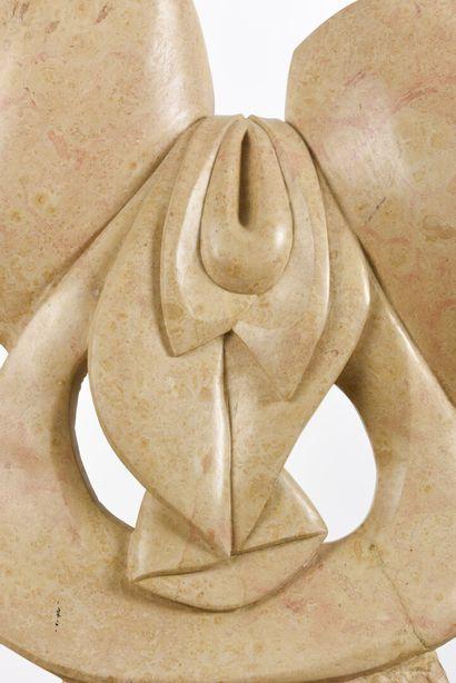 Vincent GONZALEZ (1928-2019)  Orchidée,  Sujet en pierre de Bourgogne,  H: 60 cm;...