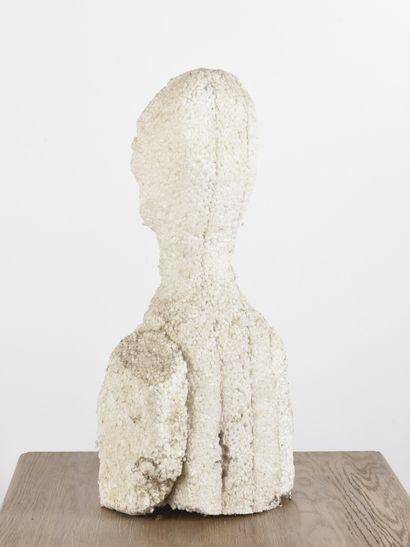 Vincent GONZALEZ (1928-2019)  Buste de femme,  Composition en polystyrène,  H:...
