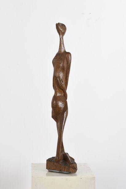 Vincent GONZALEZ (1928-2019)  Sujet en chêne sculpté,  Monogrammé,  H: 55 cm;...