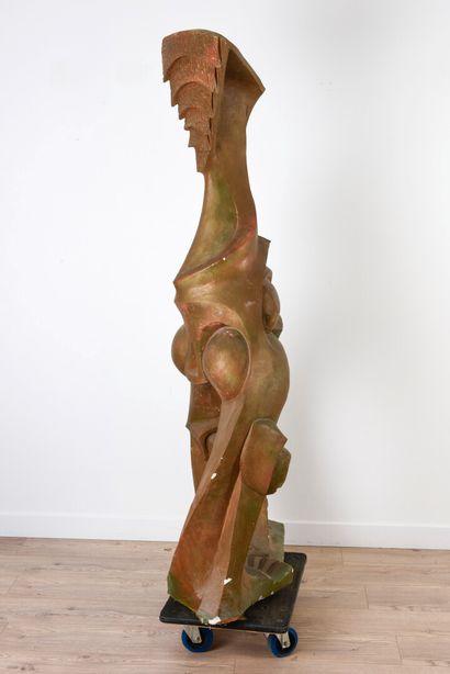 Vincent GONZALEZ (1928-2019)  Principe féminin  Plâtre polychrome,  167x 73 x...