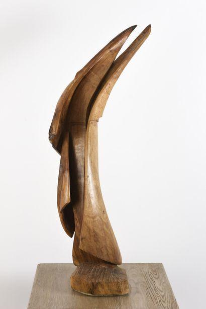 Vincent GONZALEZ (1928-2019)  L'Ange neuf,  Sujet en chêne sculpté,  Monogrammé...