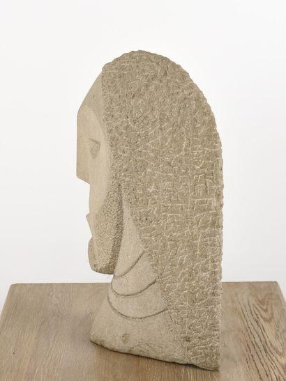 Vincent GONZALEZ (1928-2019)  Ulysse,  Granite sculpté,  H: 51 cm; L: 36 cm
