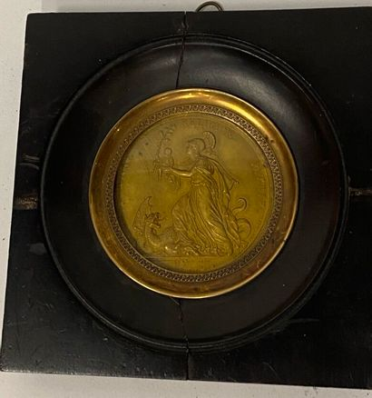 Médaille en laiton doré datée 29 septembre...
