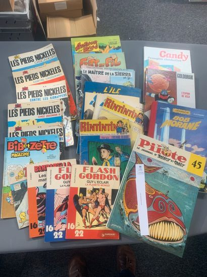 [Bandes-dessinées]. Un lot de 23 bandes-dessinées...