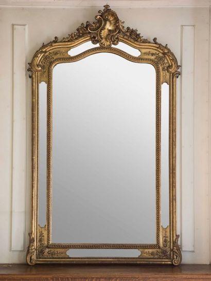 Miroir à parecloses en stuc doré Epoque Napoléon...
