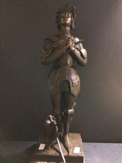 Statue de Jeanne d'Arc en régule H 1 m 05...