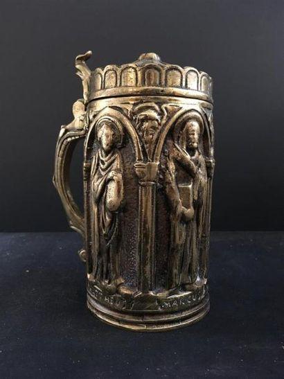 Chope en bronze Effigie des évangélistes...