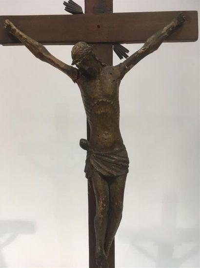 Christ en bois sculpté 19ème H totale 69...