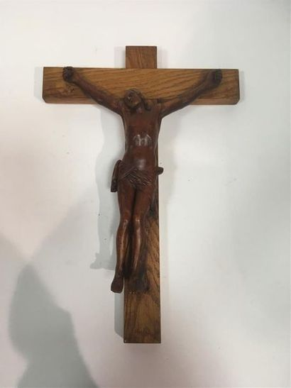 Crucifix avec Christ en bois sculpté H Christ...
