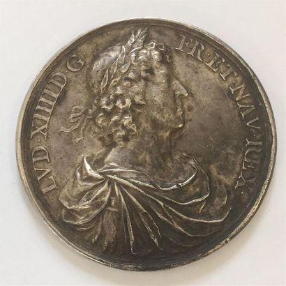 LOUIS XIV MEDAILLE en ARGENT de WARIN 1660...