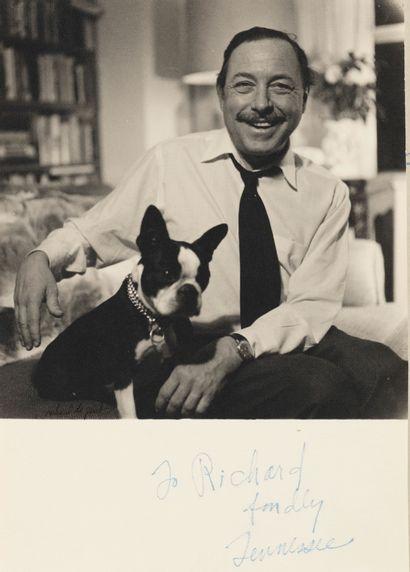 Richard de GRAB Richard de Grab - Dans un portfolio, une photo de Tennessee William,...
