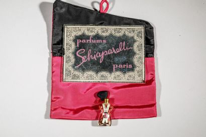 SCHIAPARELLI Miroir gravé « Parfums Schiaparelli...