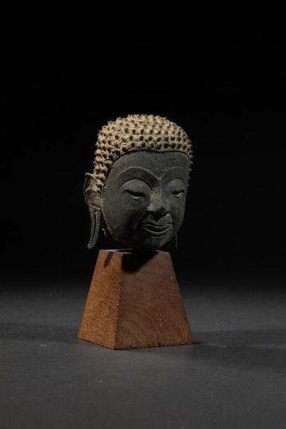 Tête de Bouddha.Bronze.Siam.Circa XVIIès.H...