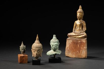 Deux têtes de Bouddha. Bronze.siam.XVII-XVIIès.4...