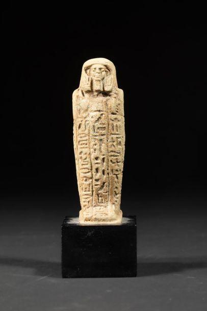 Petit oushebti trapu sarcophagimorphe inscrit...