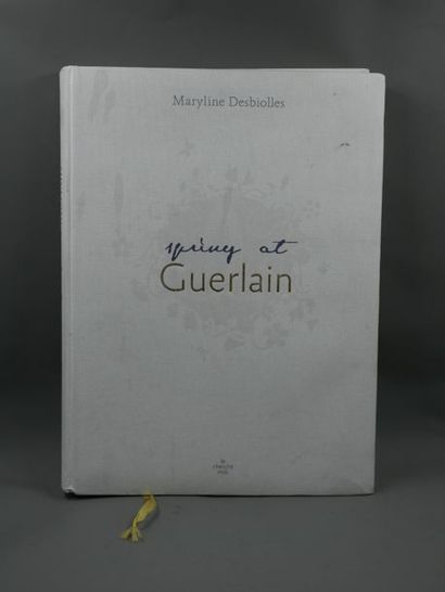 Livre : Spring at Guerlain de Maryline DESBOILLES...
