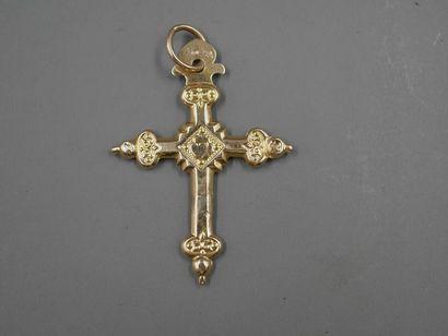 Pendentif croix en or jaune ciselé 18k -...