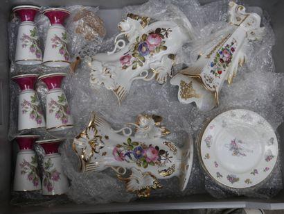 Manette de céramiques diverses dont vases...