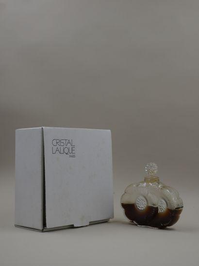 LALIQUE FRANCE Flacon en cristal, modèle...