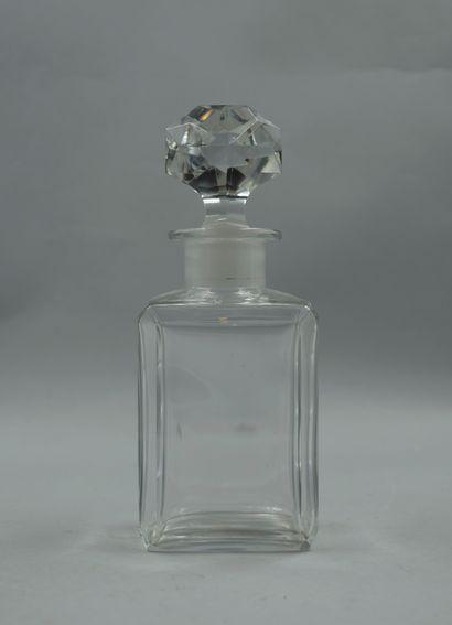 BACCARAT  Important flacon en cristal, bouchon...