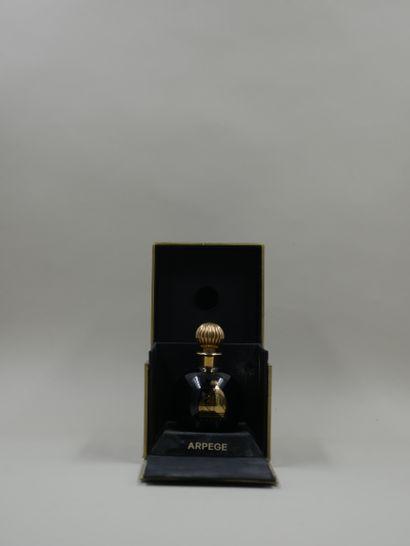 LANVIN « Arpège »  Flacon en verre opaque...