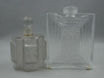 Lot de 2 flacons dont 1 flacon Lalique à...
