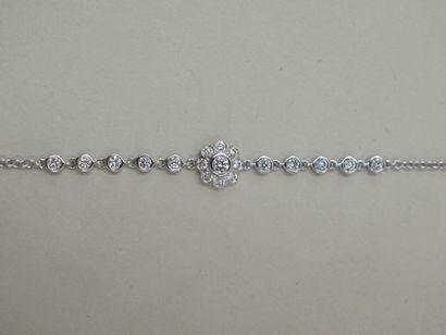 Bracelet chaîne en or blanc 18k à motif d'une...