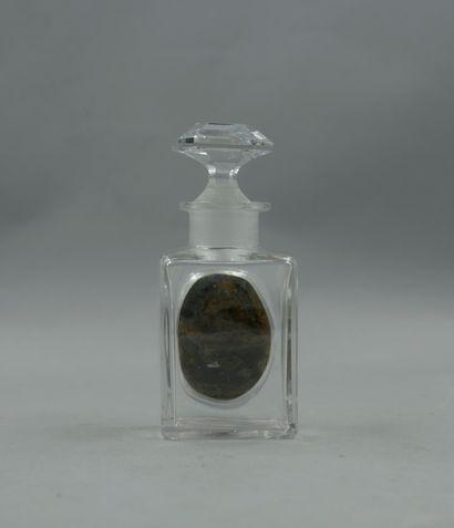 HOUBIGANT « La rose France »  Flacon en verre de forme rectangulaire, étiquette...