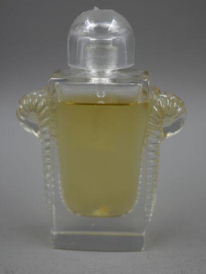 Parfumeur Lentheric. Confettis. Flacon en...