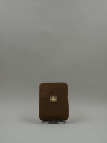 JEAN PATOU « Joy » Flacon modèle tabatière de couleur noire, titré en lettres or...