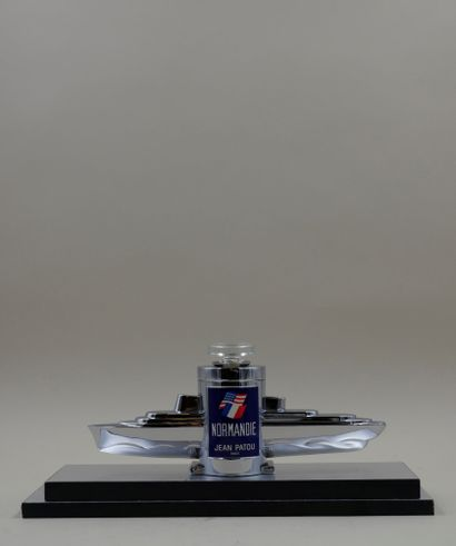 JEAN PATOU « Le Normandie » Flacon en verre,...