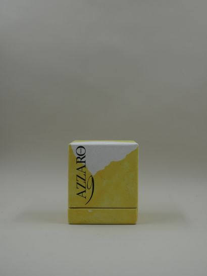 AZZARO « 9 »  Flacon de forme éventail, en verre noir, titré en lettres or « Azzaro...