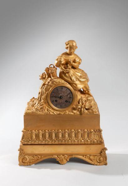 Pendule Romantique en bronze ciselé doré...