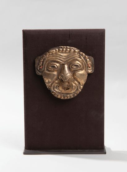 Masque votif symbolisant la vieillesse et...