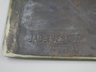 Bronze plate, profile of a young woman, Mark JABOEUF Cie Fondeurs. 24,5 x 16,5c...
