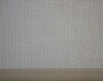 Grand tapis moderne en sisal. Dimensions : environ 470 x 390cm
